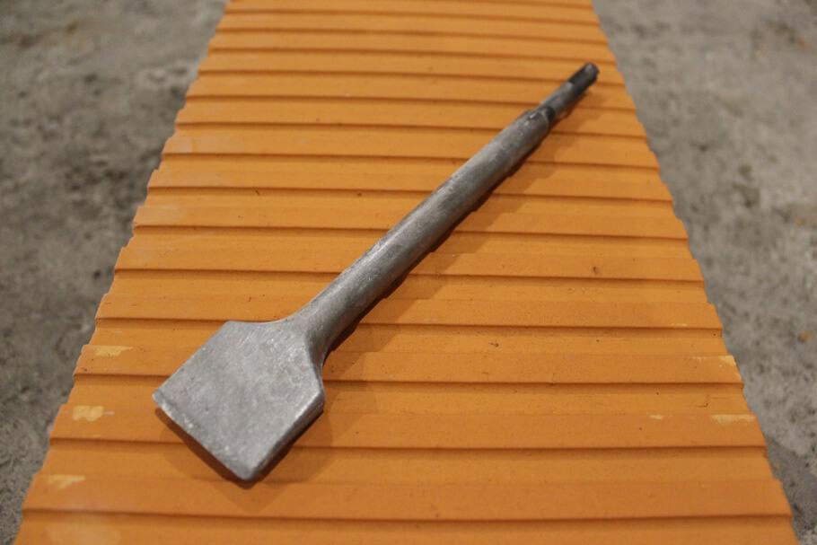 Широкая лопатка для перфоратора