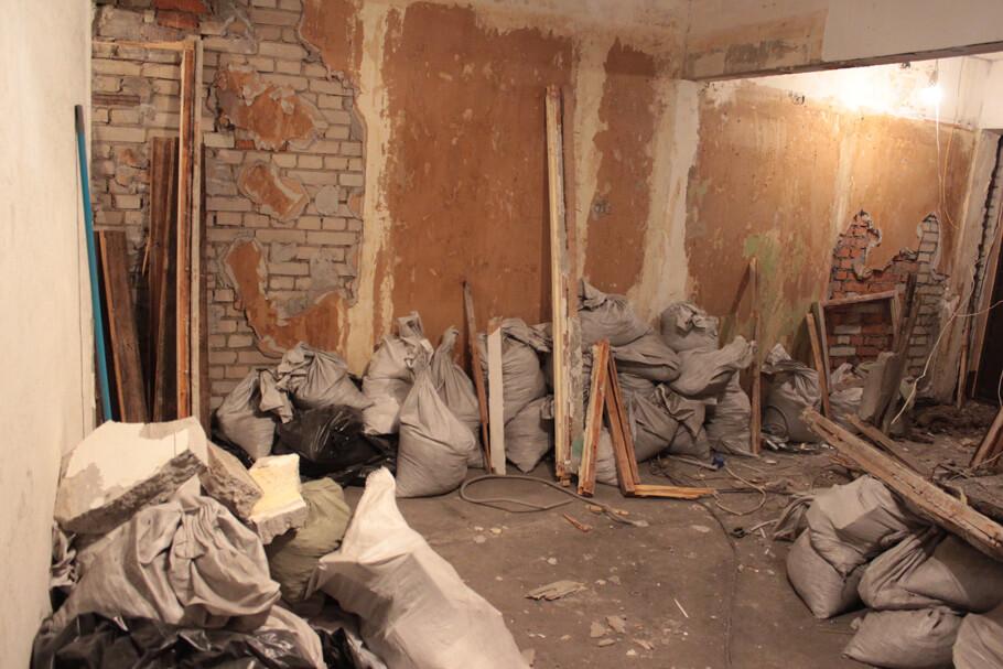 Строительный мусор при ремонте квартиры