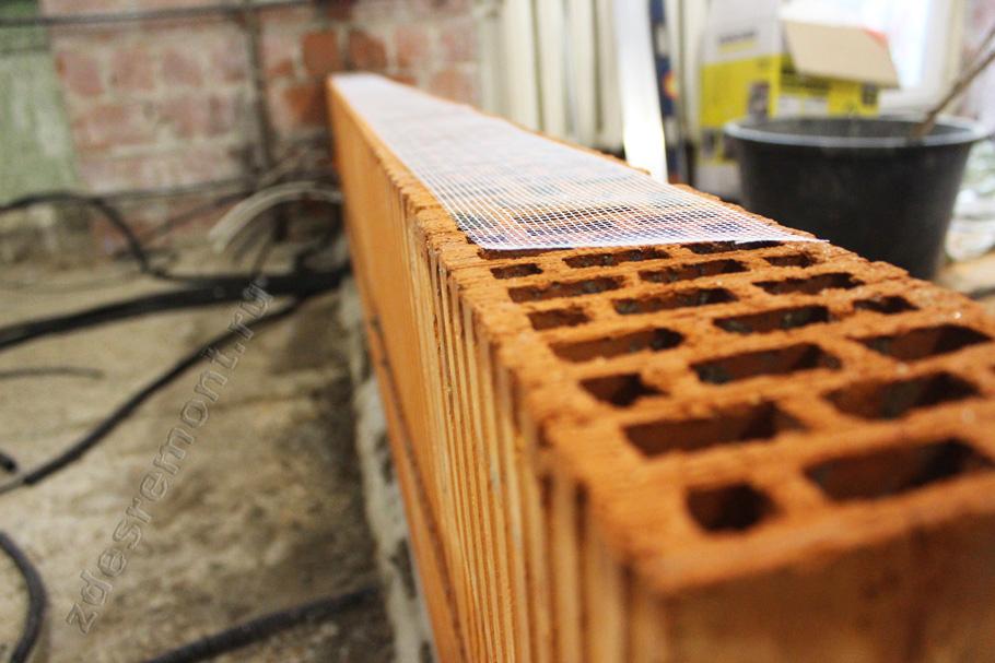 Монтаж перегородки из керамических блоков в квартире