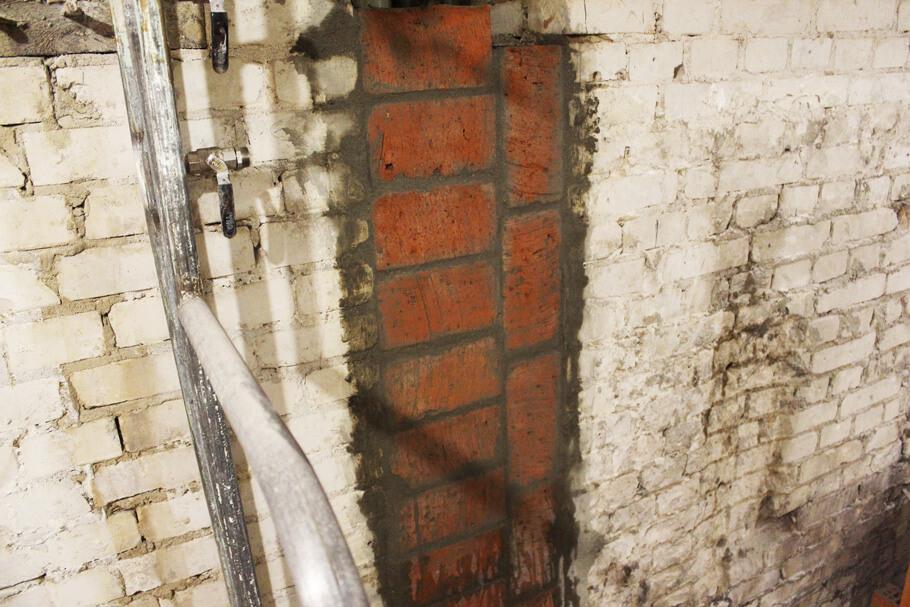 кирпичная кладка ниши канализации