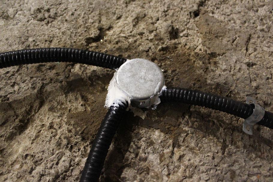 Защита проводов перед стяжкой